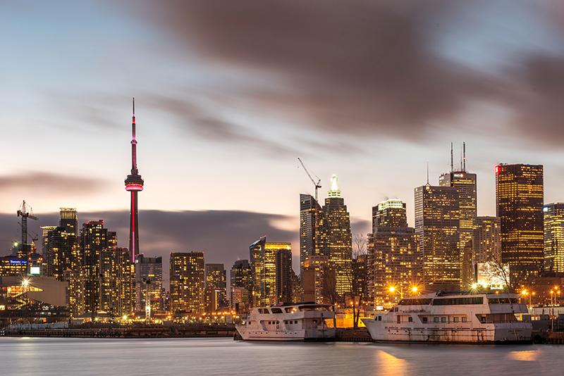 تأشيرة الدراسة إلى كندا